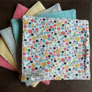 Disponible : 1 lots de 8 pièces - Bulles Multicolores